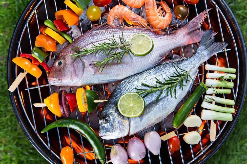 Fijian barbeque bbq fish cuisine local